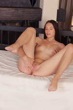 Vanessa Masturbation  05