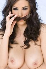 Jelena hot big tits 04