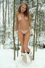 Masha in winter 06