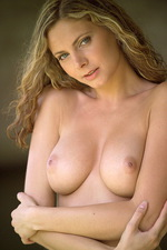 Klara Breeze 01