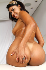 Sara Rosar Hot Latina Chick Srtips And Spreads 10