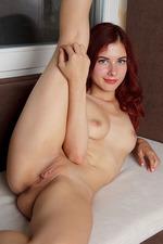 Pearl Ami Sexy Redhead Hottie 00