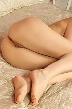 Rachel Fox Spreads Her Sexy Legs 11