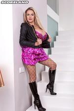 Huge Boobed Blonde Katie Thornton 03