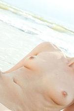 Blackhaired Chick Seashore Naked 05