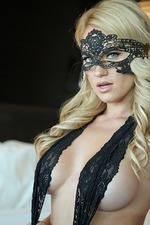 Shannyn Xo In Black Lace Mask 03