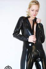 Sexy Blonde In Latex 08