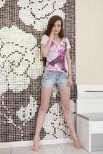 Super Slim Brunette Girl 00