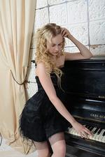 Nika - Musical Beauty 01