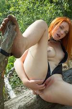 Kinky Russian Amber A 15