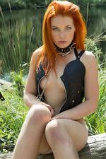 Kinky Russian Amber A 18