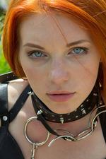Kinky Russian Amber A 19