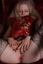 Kinky Russian Babe Ravena 02