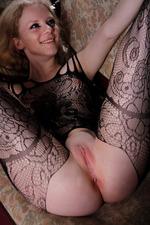 Kinky Russian Babe Ravena 13
