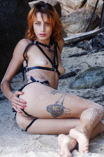 Smoldering-hot Redhead Lesma 11
