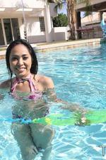 Tropical Pool Fun 14