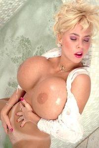 Tiffany - Jacuzzi