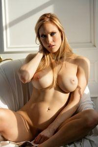 Jessica Lorin soft vanilla