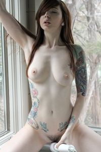 Ivy Snow on This Amateur Shoots
