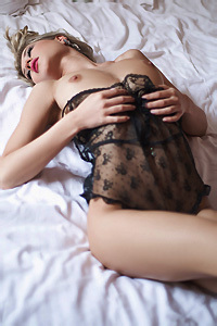 Gorgeous Playboy Girl Alice