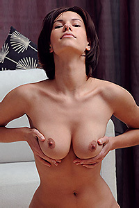 Busty Suzanna