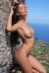 Busty Naked Juliette Posing Outdoors