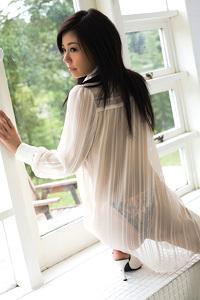 Asian Beauty Babe Tohmi Ohkawa