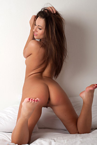 Adrean Nude On A Bed