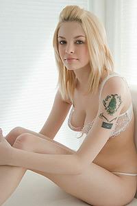 Bree Daniels Pleasuring Her Sweet Pussy