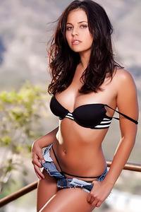 Cali Logan Modeling Topless