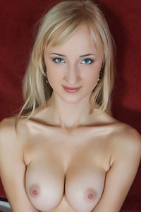 Sexy Blonde Zemira Poses Naked