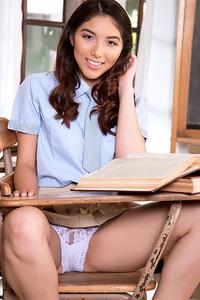 Brunette Young Schoolgirl Melody Wylde