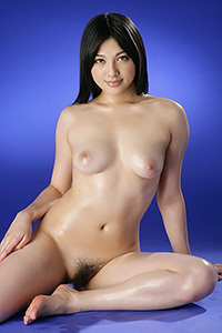 Saori Hara Oiled Beauty
