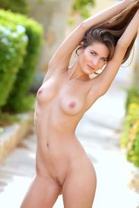 Beautiful Girl Elina Having Some Naked Fun Outside