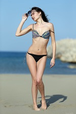 Lila In Hot Sand 04