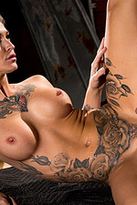 Kleio Valentien - Red Light 19