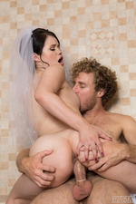 Horny Bride Yhivi Can't Wait Until The Wedding Night 12