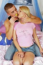 Busty And Horny Teen Sucks Her Favorite Lollipops 08